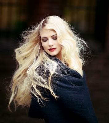 Haare aufhellen - Tipps & Tricks von Unique Friseure